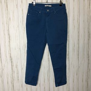 Levi's Mid Rise Skinny Rolled Ankle Blue Jeans